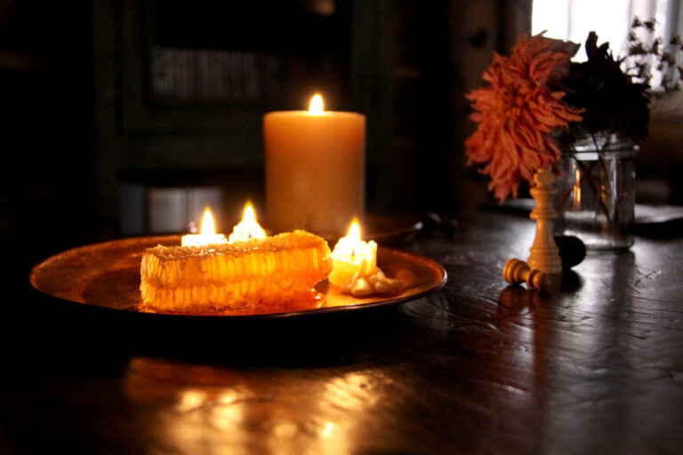 honeycomb_candle